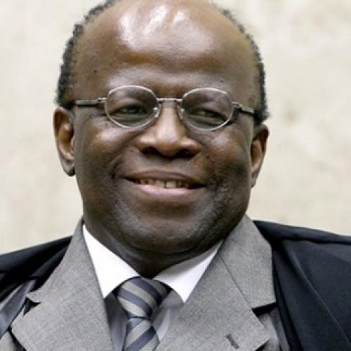 Joaquim Barbosa participa nesta terça-feira (01) da última sessão como ministro do Supremo Tribunal Federal
