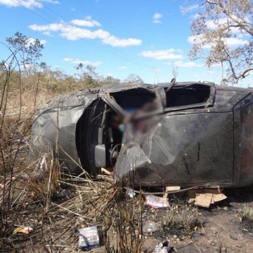 Capotamento na BR-316 resulta em duas vítimas fatais e um ferido