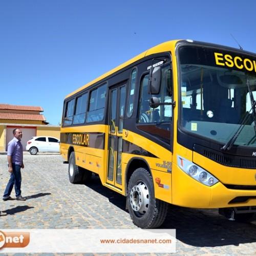 Novo ônibus vai reforçar o transporte escolar em Padre Marcos
