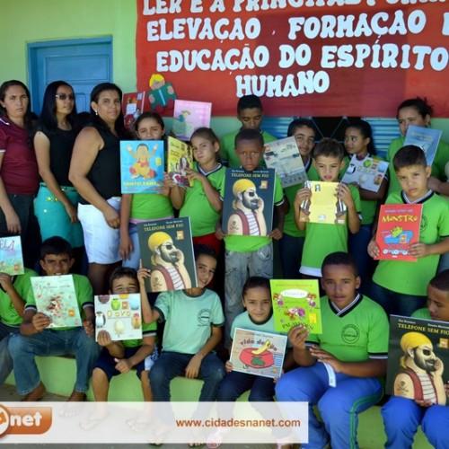VERA MENDES | Fotos do Projeto 'Cultivando a Leitura na Escola'
