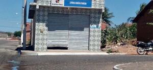 Bandidos fazem arrastão em Patos; Lotérica, igreja e farmácia foram arrombadas