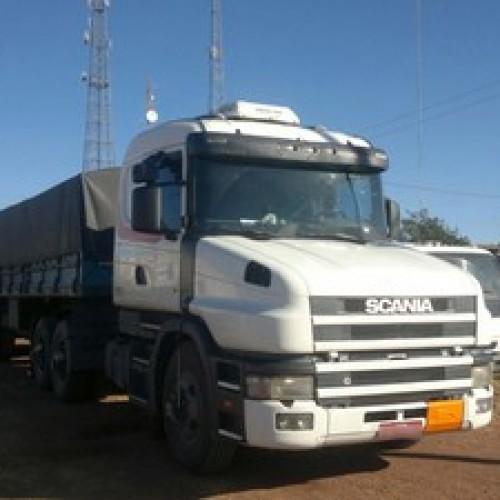 PICOS | PRF apreende caminhão com 30 mil quilos de soda cáustica e enxofre
