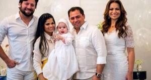 Solange Almeida completa 40 anos e batiza filha caçula