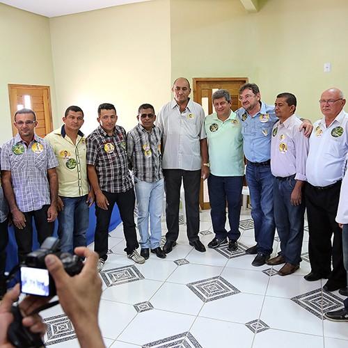 Em Curral Novo, Wilson Martins ataca governo federal