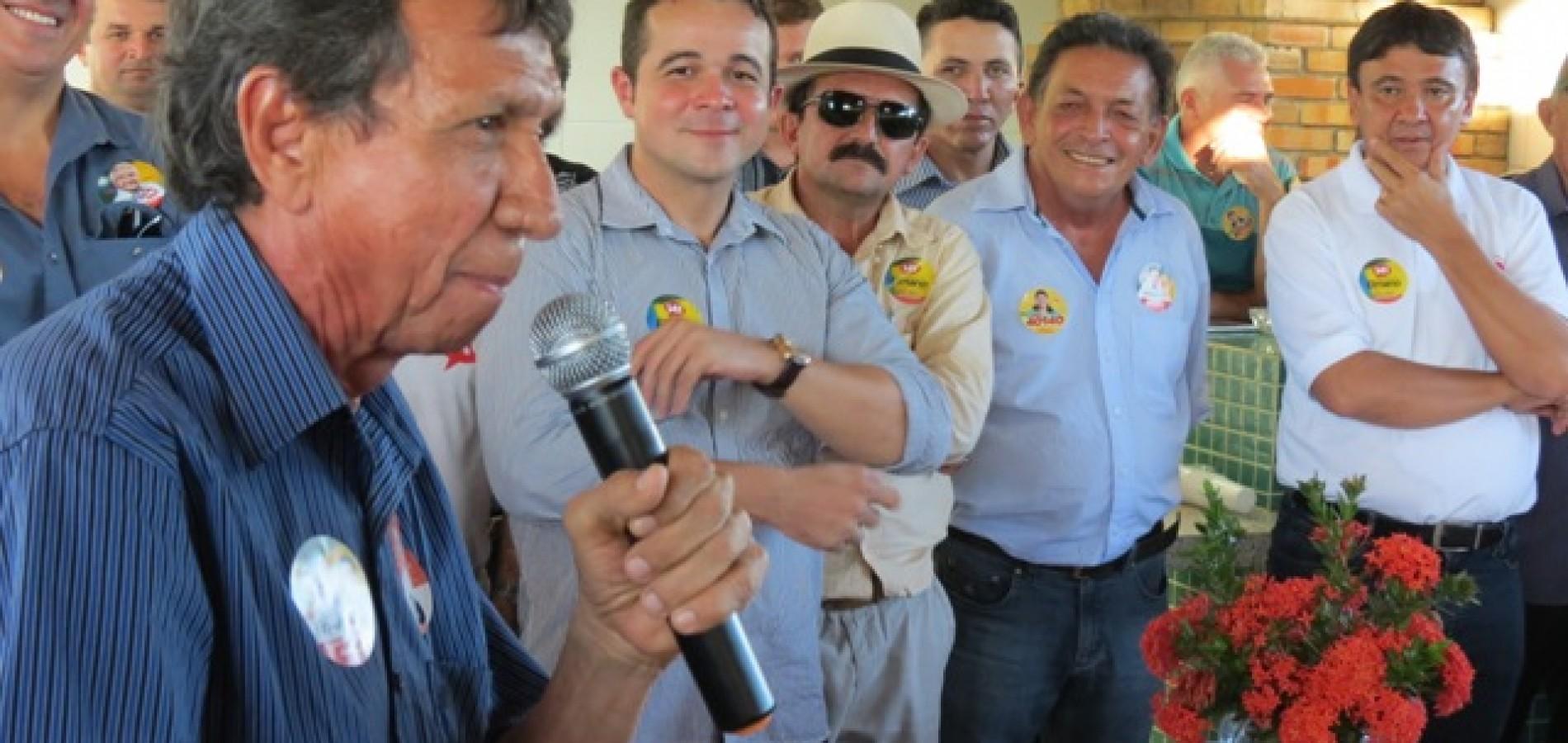 Wellington Dias reúne Zé Neri e Gil Paraibano, adversários históricos e ferrenhos no mesmo palanque