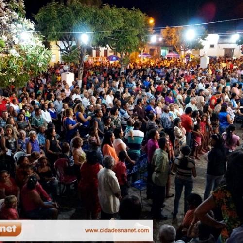 Jaicós celebra a última noite do novenário de Nossa Senhora das Mercês; veja fotos