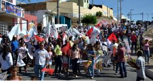 FOTOS | Wellington Dias visita a feira livre de Jaicós
