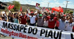 FOTOS | Wellington Dias visita Massapê do Piauí