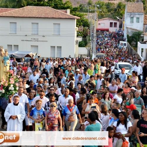 Multidão participa da missa solene e procissão de Nossa Senhora das Mercês, em Jaicós; veja fotos