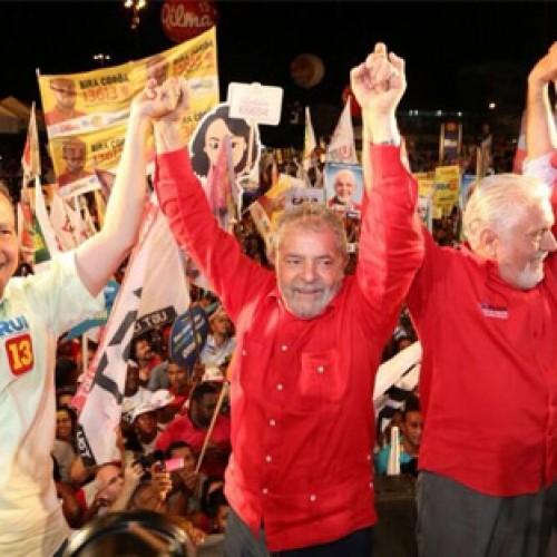 Lula indica a possibilidade de ser o candidato do PT