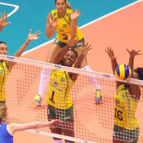 Brasil toma susto, mas reage e termina em 1º lugar do grupo