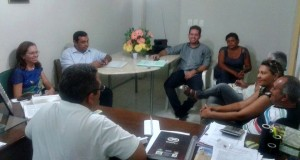 JAICÓS | Vice prefeito e vereadores de oposição se reúnem na Câmara e discutem crise no município