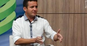 Mais de 70% das cidades podem não pagar 13º, garante Arinaldo