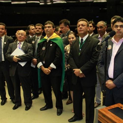Câmara aprova MP que prorroga para 2018 a instalação de aterros sanitários nos municípios