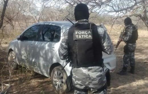 Polícia encontra carro utilizado em assalto e homicídio na cidade de Francisco Santos