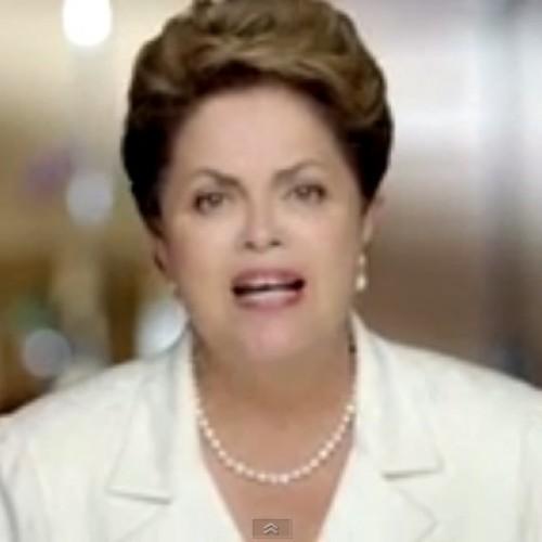Dilma responde acusações e chama matéria da revista Veja de 'terrorismo eleitoral'