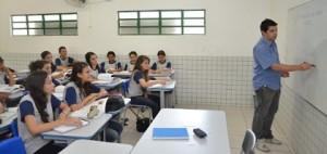 Escola pobre do Piauí tem 153 medalhas em Olimpíadas de matemática