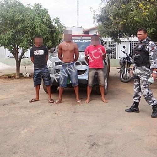 Força Tática prende três homens com maconha em Paulistana