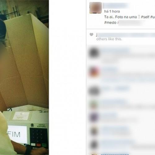 Eleitores postam selfies e até vídeos durante a votação; prática é crime