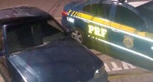 Motorista sem habilitação foge da PRF após abordagem