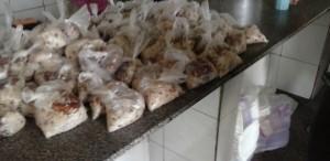 UOL: refeições de presos do Piauí são servidas em saco plástico