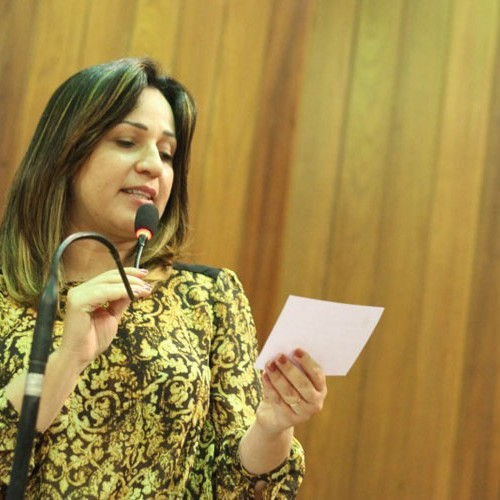 Rejane apresenta projeto pela música gospel e avalia mandato
