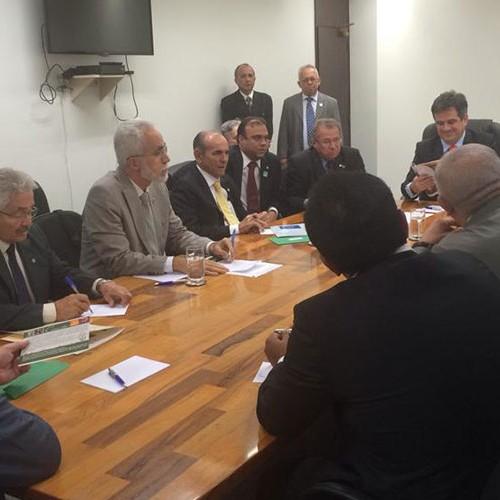 Bancada federal do Piauí elege energia como prioridade