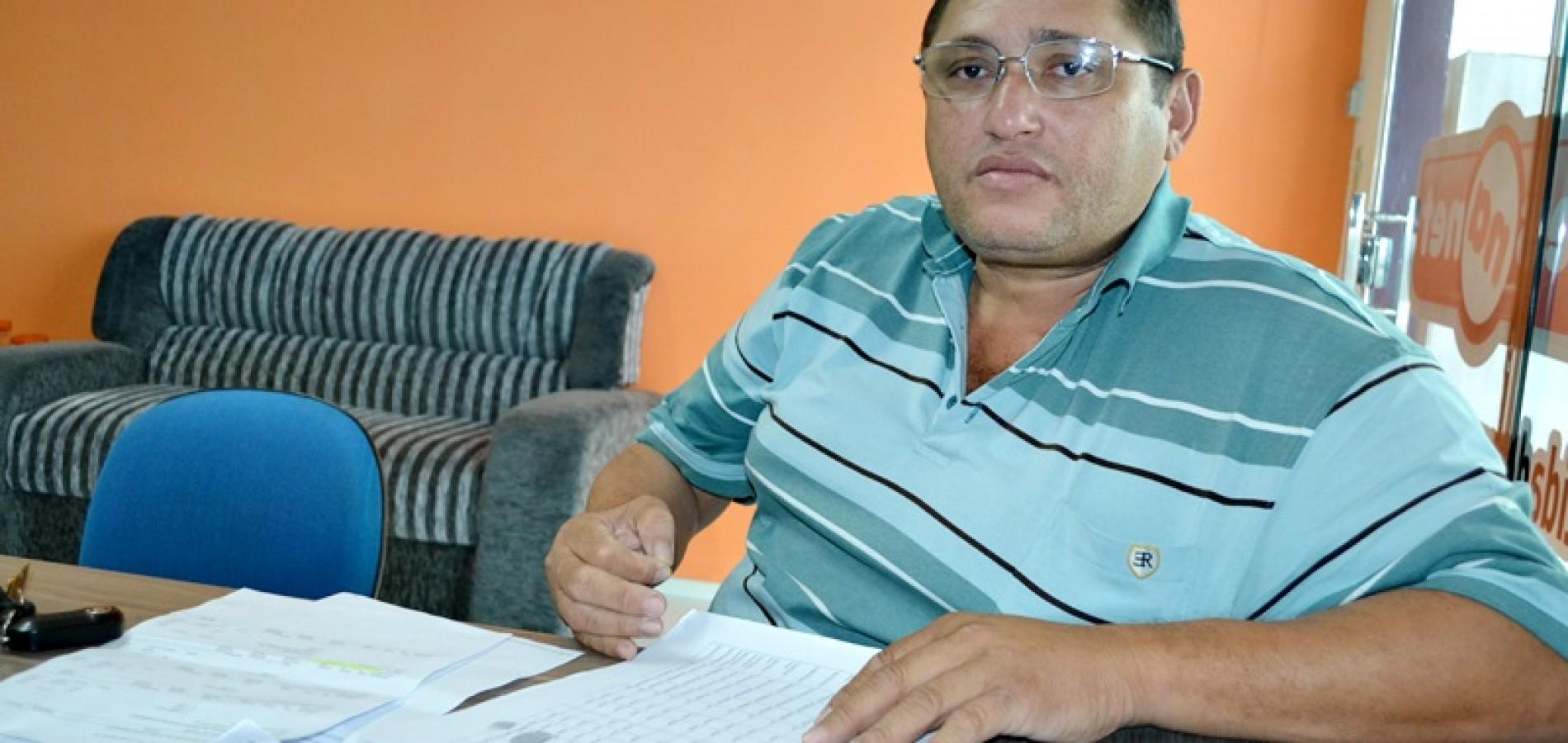 JAICÓS   Vereador rebate críticas do vice-prefeito e nega que salário esteja atrasado