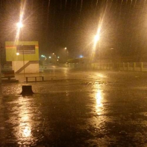Municípios da região registram chuva nesta madrugada; veja fotos