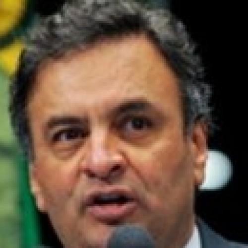 Aécio: oposição vai se mobilizar contra aumento de impostos