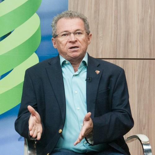 Assis Carvalho confirma PDT no governo e Robert permanece isolado