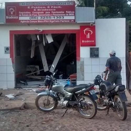 Bandidos explodem a mesma agência bancária pela 4ª vez no Piauí