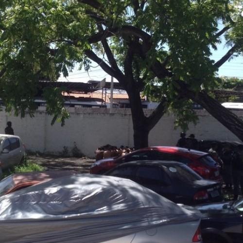 Presos serram cadeados em tentativa de fuga na Central de Flagrantes
