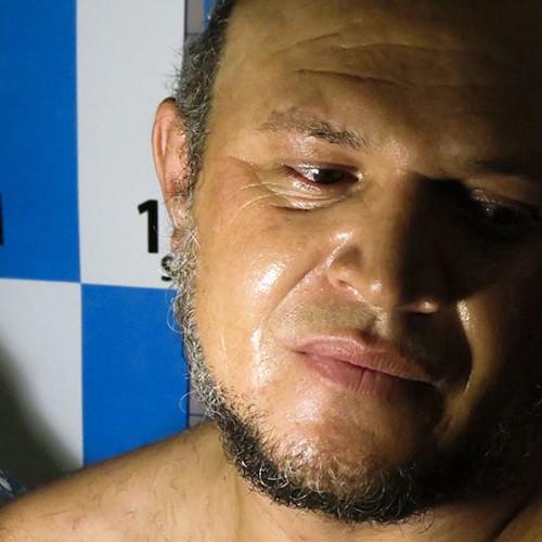 Suspeito de chacina comprou faca para castrar vizinho e tinha submetralhadora