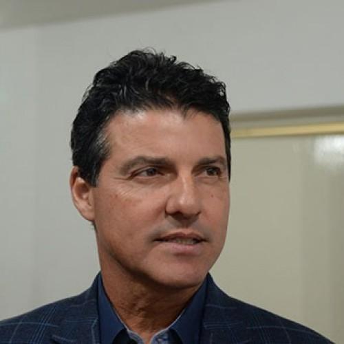 Secretários de saúde e justiça do Piauí renunciam aos seus cargos
