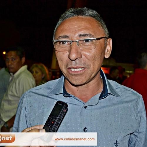 """""""Iremos trabalhar ainda mais em 2015"""", afirmou o prefeito de Simões"""