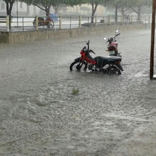 Padre Marcos registra chuva forte na manhã de hoje (18); veja fotos