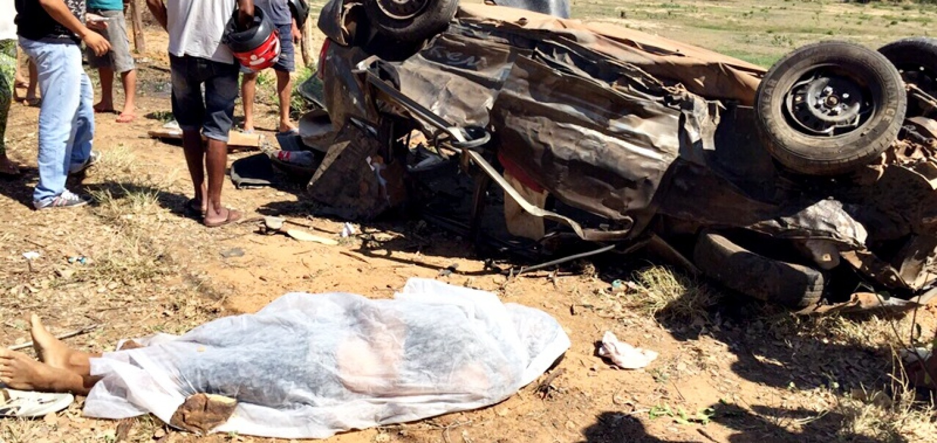 Acidente envolvendo carro da Prefeitura de Marcolândia e mais dois veículos deixa três mortos; fotos