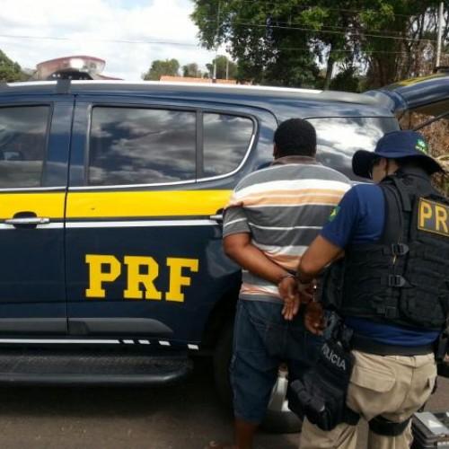 PRF realiza operação e aplica mais de 800 multas em vias do Piauí