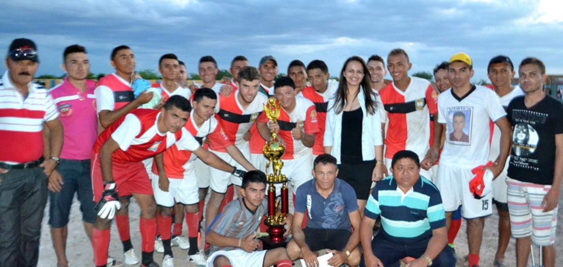 Carquejo vence e conquista prêmio e título de melhor time de Belém do Piauí
