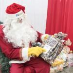 Criança surpreende e pede registro de nascimento como presente de Natal