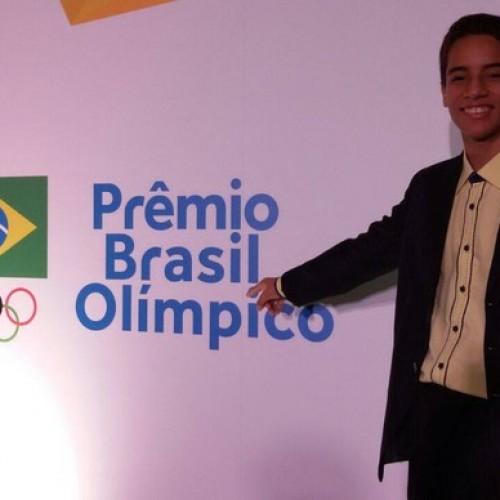 Piauiense é premiado pelo COB como melhor atleta escolar de 2014