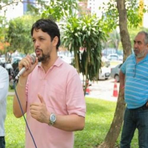 Servidores da Agespisa protestam por exoneração e prometem evitar posse de novo presidente