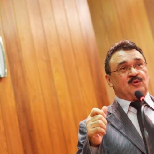 Deputado defende isenção de taxa para consumidores de energia elétrica