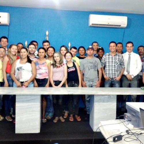 PADRE MARCOS   Prefeitura empossa candidatos aprovados em concurso