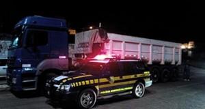 PRF desmonta quadrilha e apreende carga avaliada em quase R$ 2 milhões em Francisco Santos