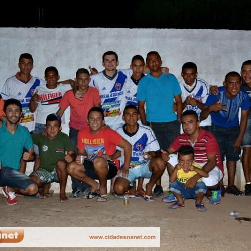 FOTOS    Churrasco do time de Areia Branca, vice-campeão do campeonato massapeense de futebol