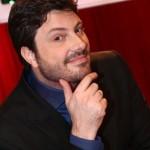 Danilo Gentili responde Dilma com palavrão no Twitter e gera polêmica