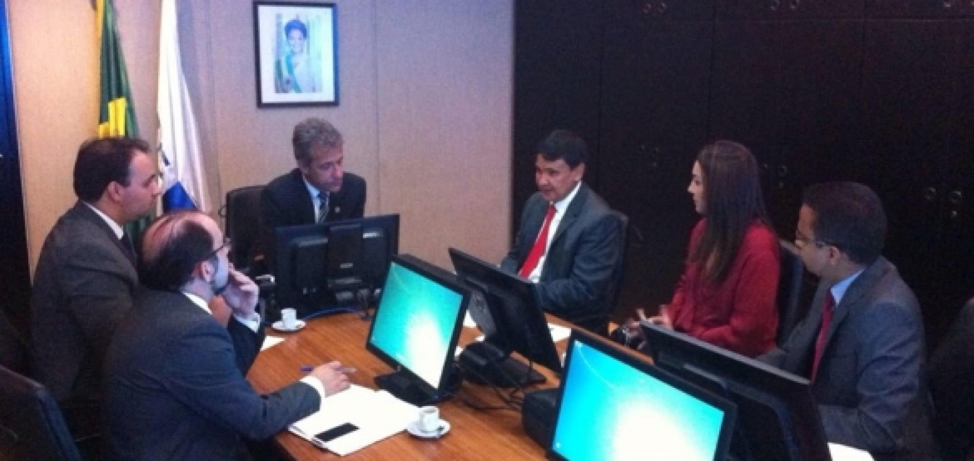 Ministro reconhece emergência e apoiará reabertura de hospitais no Piauí