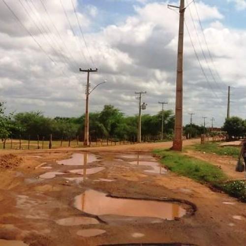 Picoenses denunciam pelas redes sociais situação precária de ruas